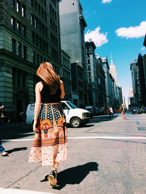 Look I'm walking in the street... so ~artsy~